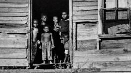 credit-kids-in-shack